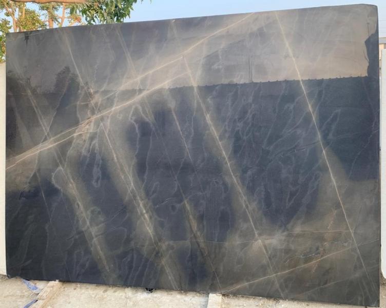 black dream marble